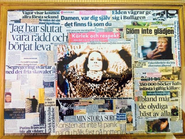 Bild på kvinna med leopardjacka omringad av tidningsurklipp där det bland annat står
